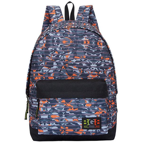Рюкзак Grizzly, камуфляж полоскаРюкзаки<br>Характеристики:<br><br>• возраст от: 10 лет;<br>• цвет: синий;<br>• материал: полиэстер;<br>• размер рюкзака: 28х41х18 см.;<br>• объем рюкзака: маленький (до 20 л.);<br>• вес рюкзака: 440 гр.;<br>• тип рюкзака: повседневный, городской;<br>• спинка: укрепленная;<br>• тип застёжки: молния;<br>• количество отделений: 1 отделение;<br>• количество карманов: 1 внешний/ 1 внутренний;<br>• дополнительная ручка-петля;<br>• износостойкая обивка;<br>• регулируемые укрепленные лямки;<br>• стильный дизайн;<br>• бренд, страна бренда: Grizzly, Россия.<br><br>Рюкзак Grizzly выполнен из высококачественного полиэстера с клетчатым принтом камуфляж. В рюкзаке расположено одно основное отделение, которое закрывается на круговую застежку-молнию с двумя бегунками. Внутри рюкзака есть мягкий карман для планшета с дополнительным вшитым карманом на застежке-молнии. Снаружи, с фронтальной стороны расположен объемный карман на застежке-молнии. Рюкзак оснащен укрепленной спинкой, дополнительной ручкой-петлей, широкими лямками, которые регулируются по длине.<br><br>Молодежный и яркий, легкий и функциональный - такой рюкзак станет практичным аксессуаром на каждый день. Рюкзаки от Grizzly наилучшим образом подчеркнут вашу креативность, индивидуальность и неповторимый стиль!<br><br>Рюкзак Grizzly можно купить в нашем интернет-магазине.<br>Ширина мм: 320; Глубина мм: 40; Высота мм: 440; Вес г: 416; Цвет: зеленый; Возраст от месяцев: 120; Возраст до месяцев: 2147483647; Пол: Мужской; Возраст: Детский; SKU: 8339188;