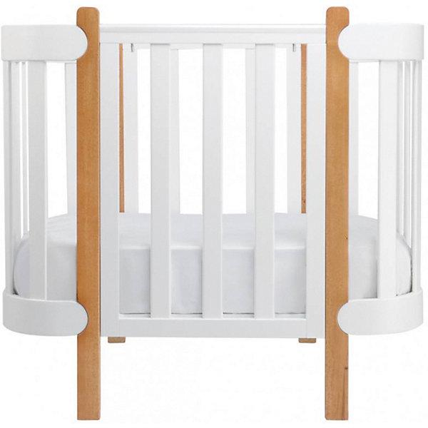 Люлька-кроватка Happy Baby MOMMYДетские кроватки<br>ОСОБЕННОСТИ<br>Имеет возможность расширения до большой кроватки (при приобретении арт. 95005)<br>Рекомендуемый размер матрасика: 89,5?67 см (арт. 95003)<br>3 уровня высоты спального места (35, 50 и 55 см)<br>Возможность наклона спального места на угол 5°<br>Полипропиленовые накладки на бортики для защиты малыша и кроватки в период прорезывания зубов<br>Не царапающие пол накладки на ножки<br>Сняв бортик, люльку можно приставить к взрослой кровати<br>В комплекте 2 фиксирующих ремешка, скрепляющих взрослую кровать и люльку<br>Оптимальная вентиляция кроватки создает комфортные условия для сна<br>Гипоаллергенная эмаль<br>Прочное и надежное ламельное основание<br>СОСТАВ<br>Сделано из массива твёрдой породы дерева<br>ОПИСАНИЕ<br>Великолепное изящество скандинавского стиля удачно воплотилось в элегантной кроватке для новорожденных MOMMY hb™. Благодаря простым очертаниям, натуральным материалам и инновационным решениям, люлька MOMMY hb™ станет уютным местом для вашего малыша с самого рождения, а при покупке соответствующего комплекта расширения – и до школьного возраста!<br><br>Создавая легкую и приятную атмосферу спокойствия, люлька дарит вам возможность чувствовать и видеть каждый вздох крохи, просто убрав перегородку и придвинув люльку вплотную к кровати родителей. Вам будет удобно покормить малыша, проверить самочувствие, поправить одеяло или удобно переложить после кормления. Чтобы люлька не отодвинулась от взрослой кровати, в комплект включены два фиксирующих ремешка. Если малыш проснется ночью, он увидит свою маму, что будет благотворно влиять на психику ребенка.<br><br>Уникальной особенностью кроватки MOMMY hb™ является возможность наклона дна, что предотвратит несчастные случаи, связанные с естественной отрыжкой у малыша во время сна. За безопасность малыша отвечают экологически чистые натуральные материалы: кроватка изготовлена из массива твёрдой породы дерева при использовании гипоаллергенной полиуретановой эмали