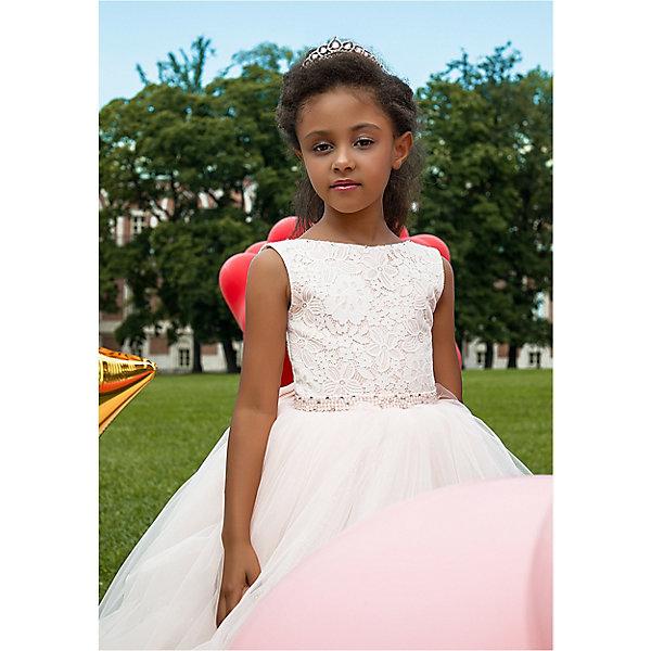 Платье Престиж для девочкиОдежда<br>Характеристики:<br><br>• состав ткани: 100% полиэстер<br>• сезон: круглый год<br>• застёжка на спинке<br>• особенности нарядное<br>• платье без рукавов<br>• страна бренда: Россия<br><br>Нарядное платье с двухслойным лифом, который декорирован ажурной цветочной вышивкой белого цвета. Вырез горловины округлой формы. Юбка А-силуэта длиной до пола, выполнена из многослойной сетчатой ткани. На талии декоративный поясок, усыпанный бусинками.