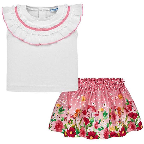 Комплект: Топ и юбка Mayoral для девочкиКомплекты<br>Характеристики товара:<br><br>• состав ткани: 96% хлопок, 4% эластан<br>• сезон: лето<br>• застёжка: кнопки на спинке<br>• страна бренда: Испания<br><br>Футболка прямого кроя украшена оборками с контрастным кантом. Круглая горловина. Легко надевается. Юбка с цветочным рисунком дополнена эластичной резинкой на талии. Комплект обеспечивает воздухообмен и комфортную посадку.