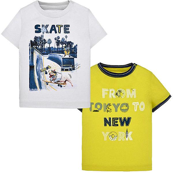 Футболка Mayoral, 2 штФутболки<br>Характеристики товара:<br><br>• состав ткани: 100% хлопок<br>• сезон: лето<br>• застёжка: кнопки<br>• в комплекте: 2 футболки<br>• страна бренда: Испания<br><br>Комплект футболок изготовлен из дышащего, мягкого и натурального материала. Легко надеваются благодаря защёлкивающимся кнопкам на плече. Окантовка на округлой горловине. Декорированы принтом и надписью.