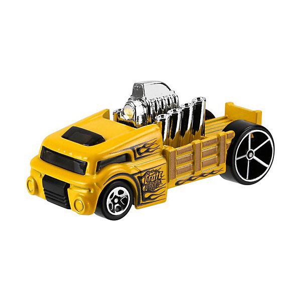 Базовая машинка Hot Wheels, Crate RacerМашинки<br>Характеристики:<br><br>• возраст: от 3 лет;<br>• материал: металл, пластмасса;<br>• вес упаковки: 30 гр.;<br>• размер упаковки: 11х4х11 см;<br>• тип упаковки: блистерный;<br>• страна бренда: США.<br><br>Машинка Hot Wheels от Mattel входит в группу моделей базовой коллекции. Миниатюры этой серии изображают реальные автомобили, спорткары, фургоны, мотоциклы в масштабе 1:64, а также модели с собственным оригинальным дизайном. Собрав свою линейку машинок, ребенок сможет устраивать заезды, гонки и меняться экземплярами с друзьями.<br><br>Монолитные элементы игрушки увеличивают ее прочность. Падение и столкновение с твердыми предметами во время игр не отражается на внешнем виде и ходе машинки. Кузов отчетливо детализирован, покрыт стойкими насыщенными красками. Колеса легко крутятся вокруг своей оси.<br><br>Игрушка выполнена из качественных материалов, сертифицированных по стандартам безопасности для использования детьми.