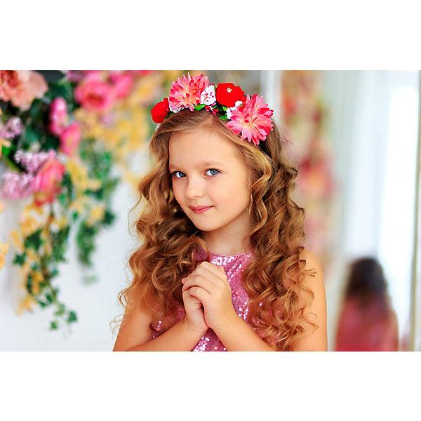 Ободок AliciiaАксессуары<br>Характеристики:<br><br>• материал: пластик, текстиль<br>• декорирован цветочной аппликацией<br><br>Нарядный ободок с большими объемными цветы дополнит образ девочки. Он аккуратно убирает волосы, не цепляет их и легко снимается.