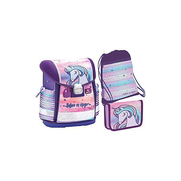 Ранец Belmil Classy Believe in magic, с наполнением, сине-розовыйРанцы<br>Характеристика:<br><br>• 1 отделение на замке, 2 боковых кармана<br>• в комплекте: ранец, мешок для обуви, пенал<br>• страна бренда: Сербия<br><br>Яркий ранец представлен анатомической вентилируемой спинкой для обеспечения сохранности осанки и формы позвоночника, а также, мягкими регулируемыми лямками — для наилучшего распределения нагрузки. Благодаря дну из пластика канцелярские принадлежности защищены от промокания. Большое и вместительное отделение, с разделителями для содержимого, закрывается на металлический замок, оснащенный светоотражающим элементом, а верхний клапан украшен термопечатью и вышивкой. Боковые карманы сделаны с утяжкой для надежности. Для переноски ранца предусмотрена ручка. Для того, чтобы обладатель данного аксессуара оставался заметным в вечернее время суток или в дождливую погоду, ранец оснащен специальными светоотражающими элементами. Мешок для обуви с карманом на молнии сделан из прочного материала и его можно носить как рюкзак благодаря веревочным ручкам. Пенал закрывается с помощью молнии, внутри него есть два вкладыша, а также специальные фиксаторы для ручек и карандашей.
