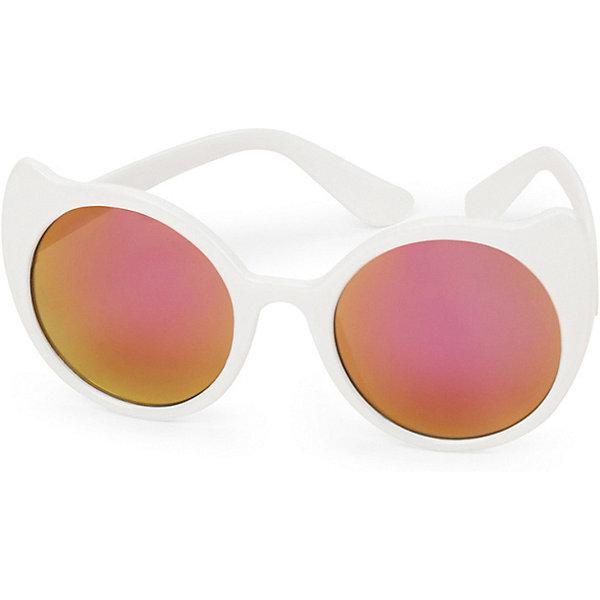 Очки солнцезащитные Happy Baby для девочкиАксессуары<br>Характеристики:<br><br>• материал: поликарбонат, акрил<br>• сезон: лето<br>• фактор защиты от ультрафиолета: UV400<br>• упаковка: блистерная коробка<br>• страна бренда: Россия<br><br>Очки с плавными линиями выполнены в форме кошачьих глазок, линзы круглой формы. Модель качественная и отвечает всем требованиям по безопасности ребёнка. Защищают от яркого солнечного света и устойчивы к ударам.