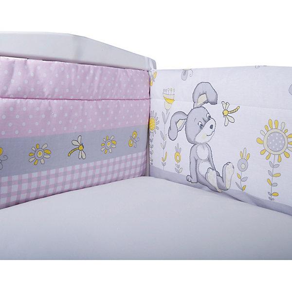 Бортик на кроватку Эдельвейс ЛетоПостельное белье в кроватку новорождённого<br>Характеристики:<br><br>• в комплекте: бортик 40х120 см – 2 шт., 40х60 см – 2 шт.<br>• страна бренда: Россия<br><br>Бортик крепится на перила кроватки с помощью завязок. Сделан из прочной гипоаллергенной ткани, которая хорошо пропускает воздух и приятна на ощупь. Швы и строчки выполнены аккуратно. Бортик защищает малыша от ударов о мебель, делает спальное место более уютным.
