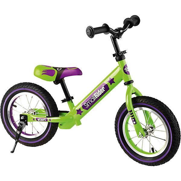 Беговел Small Rider Drive 2 Air, зеленыйБеговелы<br>Характеристики:<br><br>• материал пневмо-колес: резина<br>• ширина рукояток: 9 см<br>• регулировка руля по высоте: есть, без ключа<br>• регулировка высоты сиденья: есть, без ключа<br>• регулировка наклона сиденья<br>• материал ободов и спиц: алюминий<br>• подножка<br><br>Благодаря продуманному дизайну представленная версия сочетает в себе функциональные преимущества для быстрого катания и красочное оформление. Сиденье имеет правильную геометрию и эргономичную форму, поэтому на нем можно ездить с комфортом продолжительное время. Хомуты-эксцентрики на нем и на руле делают возможным вращением язычка настроить их индивидуально под ребенка. Увеличенные рукоятки удобны для обхвата. Шины дают надежное сцепление и с сухим, и с влажным дорожным покрытием и подходят для прогулок в теплую пору года. Покрышки из-за материала обладают более выраженным запахом. Они тяжелее, чем в других моделях бренда. Пневмо-колеса необходимо накачивать, за счет воздуха они амортизируют на неровной поверхности. На задней раме с двух сторон наклеены противоскользящие полоски. На них надо ставить поджатые ноги после отталкивания, чтобы лучше почувствовать при балансировании эффект свободного движения, когда беговел «едет сам». С помощью складного парковочного стоппера транспорт ставится в любом месте.