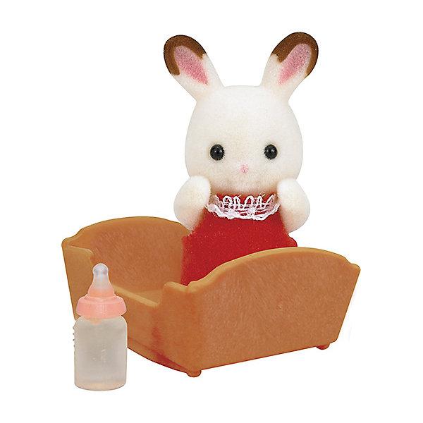 Набор Малыш шоколадный кролик Sylvanian FamiliesSylvanian Families<br>Малыш шоколадный кролик с аксессуарами от Sylvanian Families  (Сильваниан Фамилиес). <br><br>У шоколадных кроликов есть одна отличительная черта - на беленьких ушках есть коричневые пятна. Эти пятна появляются с рождения, и являются особенностью этой семьи. Посмотрите, даже у малыша уже есть милые пятнышки! <br><br>Дополнительная информация:<br><br>В комплекте:<br>- кролик;<br>- колыбелька;<br>- бутылочка.<br><br>Высота кролика: 3,5 см.<br>Размер упаковки (д/ш/в): 8 х 4 х 12 см.<br>Материал: текстиль, ПВХ с полимерным наполнением, пластмасса.<br>Ширина мм: 120; Глубина мм: 78; Высота мм: 38; Вес г: 41; Возраст от месяцев: 36; Возраст до месяцев: 72; Пол: Женский; Возраст: Детский; SKU: 2328119;