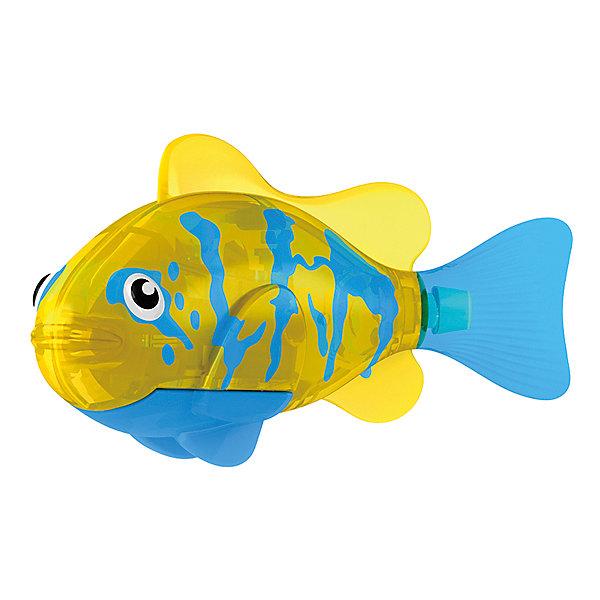 РобоРыбка Белогрудый хирург, RoboFishРоборыбки<br>Тропическая РобоРыбка Белогрудый хирург, ZURU (Зуру) – это высокотехнологичная инновационная игрушка, имитирующая повадки рыбы в воде.<br>Тропическая РобоРыбка (Robofish) Белогрудый хирург напоминает свою родственницу из теплых морей. Для РобоРыбки нужна только ёмкость с водой, и никакого ухода! Автоматический датчик, активирует рыбку в воде. Мягкий силиконовый хвост и электромагнитный мотор позволит ей двигаться в 5 различных направлениях: влево, вправо, вперед, вверх или вниз. Ультразвуковая герметизация на 100% защитит внутренности от проникновения воды. РобоРыбка повторяет повадки настоящих рыб: опускается на дно и всплывает на поверхность, сбивается в стаи с другими роборыбками, трется о стенки аквариума, меняет скорость движения, оплывает преграды. Внутри рыбки в крышке под батарейками находится специальный грузик, регулирующий глубину ее погружения. Для того, чтобы рыбка перестала двигаться нужно достать её из воды и насухо вытереть. Хранить РобоРыбку можно на специальной подставке, которая есть в комплекте. Игрушка выполнена из материалов абсолютно безопасных для здоровья.<br><br>Дополнительная информация:<br><br>- Возраст: для детей от 3 лет<br>- В комплекте: 1 рыбка, подставка, 4 батарейки (две установлены в игрушку и 2 запасные)<br>- Батарейки: тип RL44(A76)<br>- Размер рыбки: 7,5 x 2,0 x 3,5 см.<br>- Материал: пластик с элементами металла и резины<br>- Вес в упаковке: 72 г.<br>- Размер упаковки: 20 x 6,5 x 5 см..<br><br>Тропическая РобоРыбка (Робофиш) Белогрудый хирург, ZURU (Зуру) - заведите себе аквариум, обитатели которого порадуют и развлекут Вас своими забавными повадками и при этом совсем не потребуют никакого ухода!<br><br>Тропическую РобоРыбку Белогрудый хирург, ZURU (Зуру) можно купить в нашем интернет-магазине.<br>Ширина мм: 435; Глубина мм: 240; Высота мм: 405; Вес г: 216; Возраст от месяцев: 48; Возраст до месяцев: 96; Пол: Мужской; Возраст: Детский; SKU: 3609990;