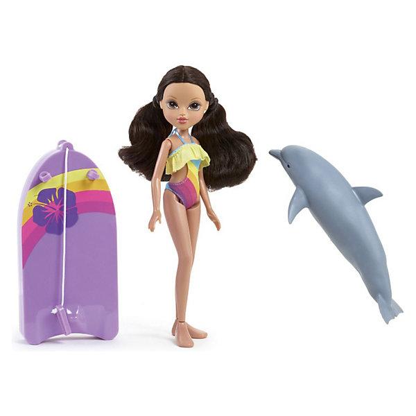 Кукла Софина С плавающим дельфином, MoxieКуклы<br>Кукла Софина С плавающим дельфином, Moxie (Мокси) – это очаровательная кукла, которая станет отличным подарком для вашей девочки.<br>Девчонки MOXIE обожают лето и море! Этим летом сбылась их мечта - поплавать с дельфинами! У каждой из девчонок есть яркий купальный костюм и собственный любимый дельфин. Опусти дельфиненка в воду и он автоматически поплывет! А твоя любимая Софина сможет поплавать на специальной доске для плаванья, которая также входит в набор.<br><br>Дополнительная информация:<br><br>- Возраст: для детей от 3 лет<br>- Материал: пластик<br>- В наборе: кукла в купальнике, доска для плавания и дельфин<br>- Питание: 2 батарейки типа ААА (не входят в комплект)<br>- Высота куклы: 27 см.<br><br>Куклу Софина С плавающим дельфином, Moxie (Мокси) можно купить в нашем интернет-магазине.<br>Ширина мм: 310; Глубина мм: 85; Высота мм: 320; Вес г: 770; Возраст от месяцев: 36; Возраст до месяцев: 144; Пол: Женский; Возраст: Детский; SKU: 3624967;