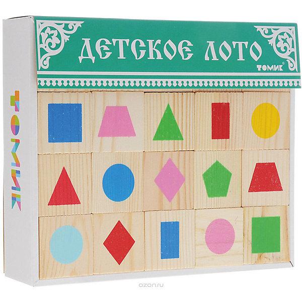 Лото Геометрические фигуры, ТомикОбучающие игры<br>Лото Геометрические фигуры, Томик - это увлекательная развивающая игра для детей.<br>Классическое лото, которое предполагает знание чисел в пределах сотни, затрудняет игру для малышей. Специально для них существует детское лото, где вместо бочонков с числами используются фишки с картинками — геометрическими фигурами, животными, игрушками. <br>В набор лото Геометрические фигуры входит 6 карточек и 48 фишек с изображением геометрических фигур разного цвета: круг, квадрат, ромб, прямоугольник, овал, треугольник, трапеция, пятиугольник. В игре могут участвовать от 2 до 6 человек. Правила игры просты — карточки распределяются между игроками, а фишки по одной достаются ведущим из мешочка и игрок, у которого на карточке есть такая же картинка, как на фишке, забирает фишку себе и закрывает ей соответствующую картинку на карточке. Тот, кто первым закрыл на своих карточках все картинки, становится победителем. Однако до того, как начать играть по-настоящему, рассмотрите фишки, назовите нарисованные на них фигуры, их цвет. Рассортируйте их вместе сначала по цвету, а потом по форме. Затем пусть малыш сделает это самостоятельно. Потом дайте ребенку карточку. Дайте ему фишку с фигурой и попросите найти такую же фигуру на карточке и закрыть ее фишкой. Когда малыш освоит сам принцип игры – лото, можно играть вдвоем или втроем. После того, как в своей традиционной форме игра будет освоена, ее можно усложнить, не показывая фишку, а подробно характеризуя изображение: У этой фигуры три угла. Она красного цвета - пусть малыш учится работать с вербальной информацией, постепенно запоминает и дает правильные названия. Играя в лото Геометрические фигуры ребенок сможет легко запомнить как простые, так и более сложные геометрические фигуры. Как и вся продукция «Томик», детали лото сделаны из чистого дерева и сертифицированы для малышей, а нанесённые шелкографией рисунки долговечны и надёжны.<br><br>Дополнительная информация:<br><br>- В наборе