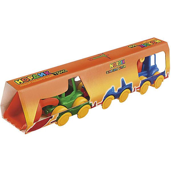 Набор Трио (Трактор, джип, пожарка), НордпластИграем в песочнице<br>Набор Трио (Трактор, джип, пожарка), Нордпласт – это яркие пластмассовые машины, которыми интересно будет играть вашему мальчику.<br>Набор игрушечных машинок Нордик Трио от компании Нордпласт включает в себя трактор, джип, пожарную машинку. Все игрушки яркой расцветки, что обязательно будет привлекать внимание ребенка. Крепления машинок «Нордик» легко совмещаются друг с другом и их можно свободно соединять с другими наборами из этой серии. У машинок надежная колесная база. С этим набором можно играть дома, на улице, и Вашему малышу некогда будет скучать. Игрушки изготовлены из высококачественной пищевой пластмассы, без трещин и заусениц, поэтому во время эксплуатации выдержат многие детские шалости. Они покрыты нетоксичной краской, не облупливающейся и не выгорающей на солнце. Товар соответствует требованиям стандарта для детских игрушек и имеет сертификат качества.<br><br>Дополнительная информация:<br><br>- В наборе: трактор, джип, пожарная машинка<br>- Материал: высококачественная пластмасса<br>- Размер упаковки: 9х7х38 см.<br>- Вес: 210 гр.<br><br>Набор Трио (Трактор, джип, пожарка), Нордпласт можно купить в нашем интернет-магазине.<br>Ширина мм: 380; Глубина мм: 70; Высота мм: 90; Вес г: 210; Возраст от месяцев: 36; Возраст до месяцев: 72; Пол: Мужской; Возраст: Детский; SKU: 4112736;