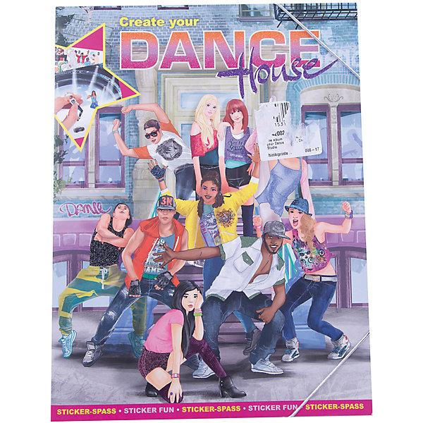 Альбом с наклейками Create your Dance House, Creative StudioКнижки с наклейками<br>Альбом с наклейками Create your Dance House, Creative Studio<br><br>Характеристики:<br><br>• В комплекте: раскраска, 3 листа с наклейками<br>• Возраст: от 3 до 6 лет<br>• Количество страниц: 24<br>• Размер: 33х25<br><br>Этот альбом «Создай свою танцевальную школу» из серии CreativeStudio содержит 24 листа с различными сюжетами из школы танцев, которые должны быть наполнены героями и предметами интерьера. На 4 листах с наклейками ребенок обнаружит украшения для школы, стильные предметы интерьера и многое другое, что позволит сделать собственную танцевальную студию. Эта книга помогает развитию воображения вашего ребенка и его мелкой моторики. <br><br>Альбом с наклейками Create your Dance House, Creative Studio можно купить в нашем интернет-магазине.<br>Ширина мм: 335; Глубина мм: 256; Высота мм: 20; Вес г: 278; Возраст от месяцев: 60; Возраст до месяцев: 108; Пол: Женский; Возраст: Детский; SKU: 4200235;