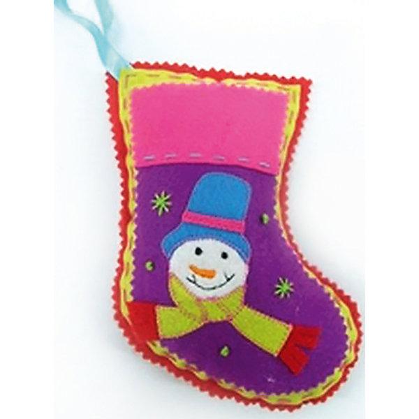 Украшение Носок, 18 смНовогодние носки<br>Украшение Носок, Феникс-презент, замечательно украсит Ваш интерьер или новогоднюю елку и поможет создать праздничную волшебную атмосферу. Украшение выполнено в виде красочного рождественского носка и оформлено изображением забавного снеговика. Благодаря<br>специальной петельке его можно повесить в любом понравившемся Вам месте.<br><br><br>Дополнительная информация:<br><br>- Материал: полиэстер.<br>- Размер: 18 см.<br>- Размер упаковки: 16,5 х 21 х 3 см.<br>- Вес: 27 гр. <br><br>Украшение Носок, Феникс-презент, можно купить в нашем интернет-магазине.<br>Ширина мм: 180; Глубина мм: 120; Высота мм: 50; Вес г: 27; Возраст от месяцев: 36; Возраст до месяцев: 2147483647; Пол: Унисекс; Возраст: Детский; SKU: 4274650;