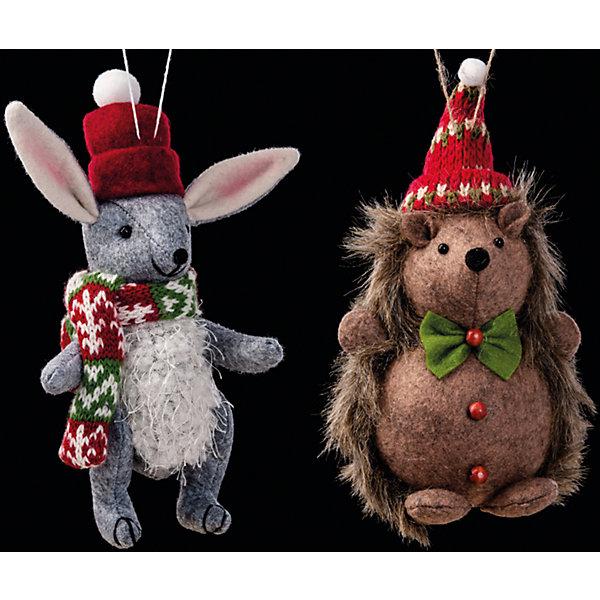 Украшение Праздник в лесуЁлочные игрушки<br>Украшение Праздник в лесу в ассортименте замечательно подходит для украшения любого интерьера в преддверии Нового Года и Рождества! Игрушка выполнена из текстиля в двух вариантах: серый зайчик в шарфике или ежик с бабочкой. Обе зверушки выглядят мило и только представьте, как здорово эта игрушка будет смотреться сквозь пушистые ветки новогодней елочки!<br><br>Дополнительная информация:<br>-Материалы: текстиль<br>-Размер в упаковке: 10х7,5х19 см<br>-Вес в упаковке: 53 г<br>-Размер: 19 см<br>-В ассортименте: ежик или зайчик (Внимание! Заранее выбрать невозможно, при заказе нескольких возможно получение одинаковых)<br><br>Украшение Праздник в лесу в ассортименте можно купить в нашем магазине.<br>Ширина мм: 100; Глубина мм: 75; Высота мм: 190; Вес г: 53; Возраст от месяцев: 84; Возраст до месяцев: 2147483647; Пол: Унисекс; Возраст: Детский; SKU: 4286689;