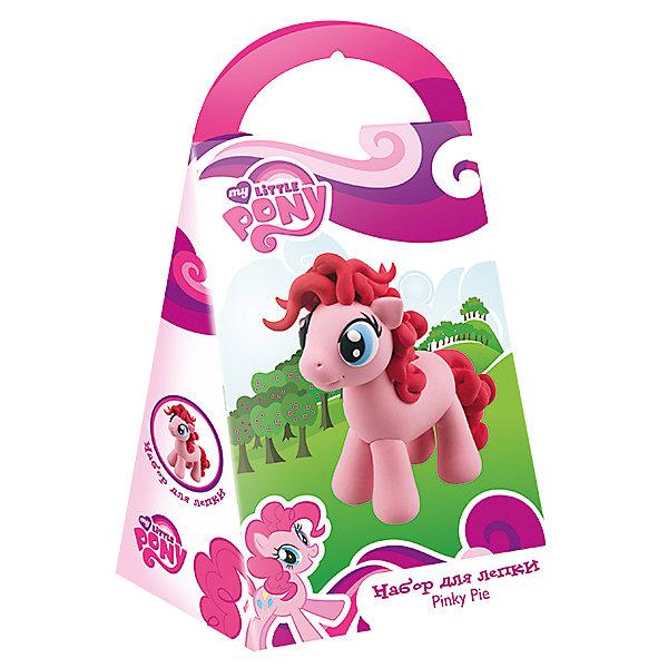 Набор для лепки Пинки Пай, Мой маленький пониНаборы для лепки игровые<br>С помощью этого набора ваша девочка сможет вылепить фигурку своей любимой пони Пинке Пай. Следуя подробной инструкции, надо вылепить отдельные части игрушки и соединить их между собой. Масса для лепки застынет и у вас получится маленькая пони, так похожая на героиню мультфильма My little Pony (Май литл Пони). Масса для лепки - это уникальный материал, который стимулирует развитие творческих способностей, воображение, внимательность и развивает мелкую моторику пальцев. Масса абсолютно гипоаллергенна и безопасна для детей. <br><br>Дополнительная информация:<br><br>- Материал: пластик, масса для лепки.<br>- Размер упаковки: 11х3,5х21,5 см.<br>- Комплектация: масса для лепки, детали, инструкция.    <br><br>Набор для лепки Пинки Пай, Мой маленький пони, можно купить в нашем магазине.<br>Ширина мм: 210; Глубина мм: 110; Высота мм: 40; Вес г: 120; Возраст от месяцев: 36; Возраст до месяцев: 84; Пол: Женский; Возраст: Детский; SKU: 4444342;