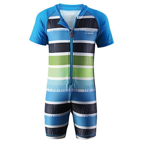 Купальный костюм для мальчика ReimaКупальники и плавки<br>Купальный костюм для малышей из материала SunProof позволит весело поплескаться на солнце. Купальный костюм обеспечивает эффективную защиту вплоть до локтей и запястий от вредных солнечных лучей благодаря УФ-фильтру 50+! Эластичный материал быстро сохнет, а молния по всей длине спереди облегчает процесс одевания.<br><br>Дополнительная информация:<br><br>Плавательный костюм для малышей SunProof<br>Рукава до локтей и штанины до колен<br>Фактор защиты от ультрафиолета 50+<br>Легко надевать благодаря молнии<br>Узор из цветных полос<br>Состав:<br>80% ПА 20% ЭЛ<br>Уход:<br>Стирать с бельем одинакового цвета, вывернув наизнанку. Застегнуть молнии. Полоскать без специального средства. Сушить в защищенном от солнца месте.<br>Ширина мм: 297; Глубина мм: 230; Высота мм: 38; Вес г: 98; Цвет: синий; Возраст от месяцев: 3; Возраст до месяцев: 6; Пол: Мужской; Возраст: Детский; Размер: 68,74,80,62; SKU: 4498676;