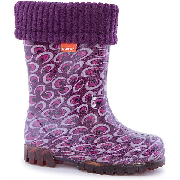 Резиновые сапоги для девочки DEMARРезиновые сапоги<br>Характеристики товара:<br><br>• цвет: фиолетовый<br>• материал верха: ПВХ<br>• материал подкладки: текстиль <br>• материал подошвы: ПВХ<br>• температурный режим: от 0° до +15° С<br>• верх не продувается<br>• съемный чулок<br>• стильный дизайн<br>• страна бренда: Польша<br>• страна изготовитель: Польша<br><br>Осенью и весной ребенку не обойтись без непромокаемых сапожек! Чтобы не пропустить главные удовольствия межсезонья, нужно запастись удобной обувью. Такие сапожки обеспечат ребенку необходимый для активного отдыха комфорт, а подкладка из текстиля позволит ножкам оставаться теплыми. Сапожки легко надеваются и снимаются, отлично сидят на ноге. Они удивительно легкие!<br>Обувь от польского бренда Demar - это качественные товары, созданные с применением новейших технологий и с использованием как натуральных, так и высокотехнологичных материалов. Обувь отличается стильным дизайном и продуманной конструкцией. Изделие производится из качественных и проверенных материалов, которые безопасны для детей.<br><br>Сапожки от бренда Demar (Демар) можно купить в нашем интернет-магазине.<br>Ширина мм: 237; Глубина мм: 180; Высота мм: 152; Вес г: 438; Цвет: лиловый; Возраст от месяцев: -2147483648; Возраст до месяцев: 2147483647; Пол: Женский; Возраст: Детский; Размер: 26/27,28/29,24/25,22/23; SKU: 4639994;