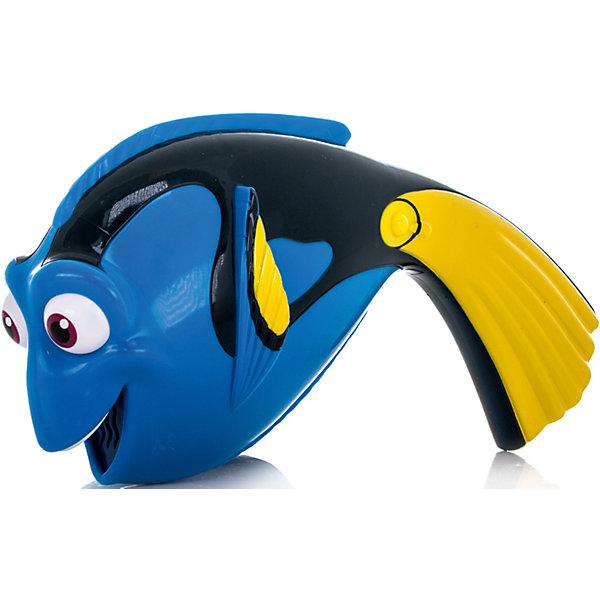 Дорюша-повторюша, со звуком, В поисках ДориИгрушки<br>Характеристики:<br><br>• тип игрушки: пластиковая рыбка;<br>• возраст: от 3 лет;<br>• размер: 20х9х20 см;<br>• тип батареек:  2 x AAA / LR03 1.5V (мизинчиковые);<br>• наличие батареек: входят в комплект;<br>• материал: пластик;<br>• упаковка: картонная коробка открытого типа;<br>• бренд: Bandai;<br>• страна производства: Китай.<br><br> «В поисках Дори» - Дорюша-повторюша со звуком обязательно заинтересует ребенка своим умением повторять слова. Для того чтобы Дорюша-повторюша произнесла фразу, достаточно зажать кнопку на ее плавнике и сказать предложение. Для воспроизведения фразы необходимо нажать на другую кнопку. Рыбка повторит слова забавным голосом белухи Бейли.<br><br>Игрушка отличается высокой детализацией, она поможет развить воображение, а также станет прекрасным дополнением к коллекции Finding Dory. Помогите рыбке Дори найти ее давно забытую семью!<br><br> «В поисках Дори» - Дорюша-повторюша со звуком можно купить в нашем интернет-магазине.<br>Ширина мм: 204; Глубина мм: 208; Высота мм: 91; Вес г: 225; Возраст от месяцев: 36; Возраст до месяцев: 60; Пол: Унисекс; Возраст: Детский; SKU: 4720305;