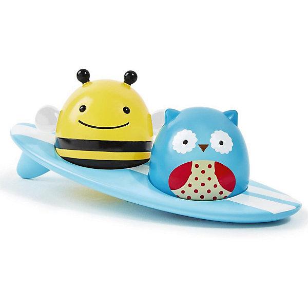 Игрушка для ванной Серферы, Skip HopИгрушки для ванной<br>Игрушка для ванной Серферы, Skip Hop<br><br>Характеристики:<br><br>• В набор входит: три плавающие игрушки<br>• Состав: пластик <br>• Размер: 18* 7* 7 см<br>• Производитель: Китай<br>• При замыкании контактов на основании фигурок пальцем или при контакте с водой фигурки начинают светиться (работает от батареек).<br><br>Данная игрушка имеет необычную особенность - она начинает светиться при контакте с водой. Игрушка в виде Совы и Пчелы могут быть извлечены из доски для сёрфинга. Размер этой игрушки для ванны очень подходит для маленьких ручек, детям будет удобно запускать этот оригинальный сёрф по ванной, воображая, что отважные герои на сёрфе покоряют морские просторы. Оригинальная форма игрушки позволяет героям всегда держаться на плаву. <br><br>Игрушка сочетает в себе сразу несколько цветов, чтобы привлечь внимание малыша и познакомить с некоторыми цветами. Играя с этой игрушкой малыш сможет развивать логическое мышление, звуковое, зрительное и тактильное восприятие, а также моторику рук. <br><br>Игрушку для ванной Серферы от Skip Hop можно купить в нашем интернет-магазине.<br>Ширина мм: 99; Глубина мм: 99; Высота мм: 99; Вес г: 99; Возраст от месяцев: -2147483648; Возраст до месяцев: 2147483647; Пол: Унисекс; Возраст: Детский; SKU: 4769513;