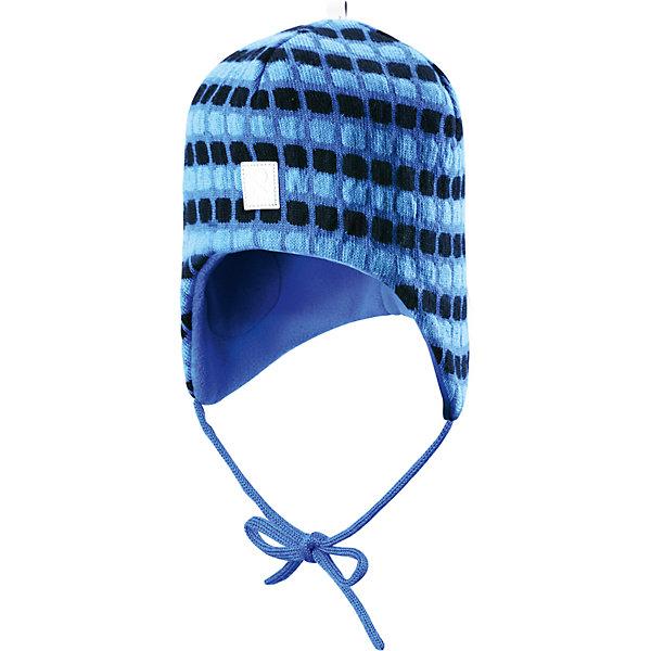 Шапка Innokas для мальчика ReimaШапки и шарфы<br>Шапка для мальчика Reima<br>Шапка «Бини» для малышей. Мягкая ткань из мериносовой шерсти для поддержания идеальной температуры тела. Теплая шерстяная вязка (волокно). Мягкий, теплый и приятный на ощупь трикотаж. Товар сертифицирован Oeko-Tex, класс 1, одежда для малышей. Ветронепроницаемые вставки в области ушей. Любые размеры. Мягкая подкладка из хлопка и эластана. Жаккардовый вязаный узор по всей поверхности. Декоративные элементы сверху. Интересная структура поверхности. Светоотражающий элемент спереди.<br>Уход:<br>Стирать по отдельности, вывернув наизнанку. Придать первоначальную форму вo влажном виде. Возможна усадка 5 %.<br>Состав:<br>100% Шерсть<br>Ширина мм: 89; Глубина мм: 117; Высота мм: 44; Вес г: 155; Цвет: голубой; Возраст от месяцев: 6; Возраст до месяцев: 9; Пол: Мужской; Возраст: Детский; Размер: 46,48,52,50; SKU: 4777177;