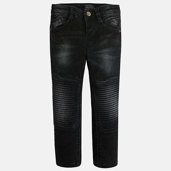 Джинсы для мальчика MayoralДжинсовая одежда<br>Стильные джинсы с специальной вставкой на коленях сразу понравятся Вашему ребенку!<br><br>Дополнительная информация:<br><br>- Крой: прямой крой, слегка заужены к низу.<br>- Страна бренда: Испания.<br>- Состав: хлопок 98%, эластан 2%.<br>- Цвет: черный.<br>- Уход: бережная стирка при 30 градусах.<br><br>Купить джинсы для мальчика Mayoral можно в нашем магазине.<br>Ширина мм: 215; Глубина мм: 88; Высота мм: 191; Вес г: 336; Цвет: черный; Возраст от месяцев: 24; Возраст до месяцев: 36; Пол: Мужской; Возраст: Детский; Размер: 98,104,116,134,128,122,110; SKU: 4826464;