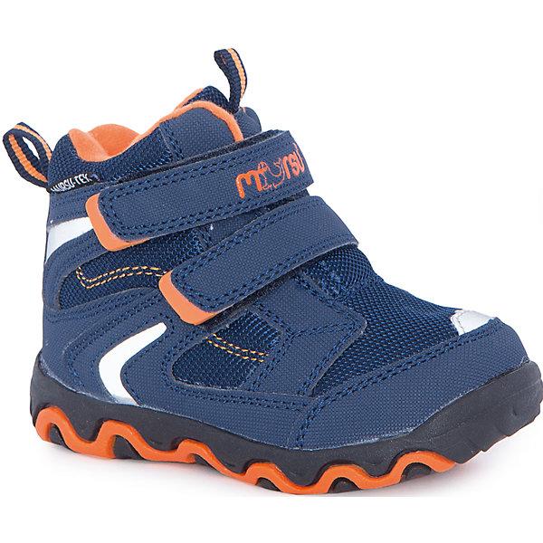 Ботинки для мальчика MursuОбувь<br>Ботинки для мальчика Mursu (Мурсу).<br><br>Характеристики:<br><br>• цвет: синий<br>• температурный режим до -25С<br>• материал верха: искусственная кожа, текстиль<br>• внутренний материал: шерсть мех, мембрана <br>• стелька: шерсть мех<br>• подошва: ТЭП<br>• две застежки-липучки<br>• сезон: зима<br><br>Ботинки MURSU изготовлены из текстиля со вставками из искусственной кожи. Обувь Mursu отличается повышенной прочностью и износостойкостью. Рифленая подошва поможет предотвратить падения на скользкой поверхности. Внутренняя мембрана и подкладка из шерсти не позволят холодному воздуху проникнуть внутрь. Синяя расцветка с яркими оранжевыми вставками поднимет настроение перед прогулкой!<br><br>Ботинки для мальчика Mursu (Мурсу) вы можете купить в нашем интернет-магазине.<br>Ширина мм: 262; Глубина мм: 176; Высота мм: 97; Вес г: 427; Цвет: синий; Возраст от месяцев: 24; Возраст до месяцев: 36; Пол: Мужской; Возраст: Детский; Размер: 26,23,22,25,24,27; SKU: 4862874;