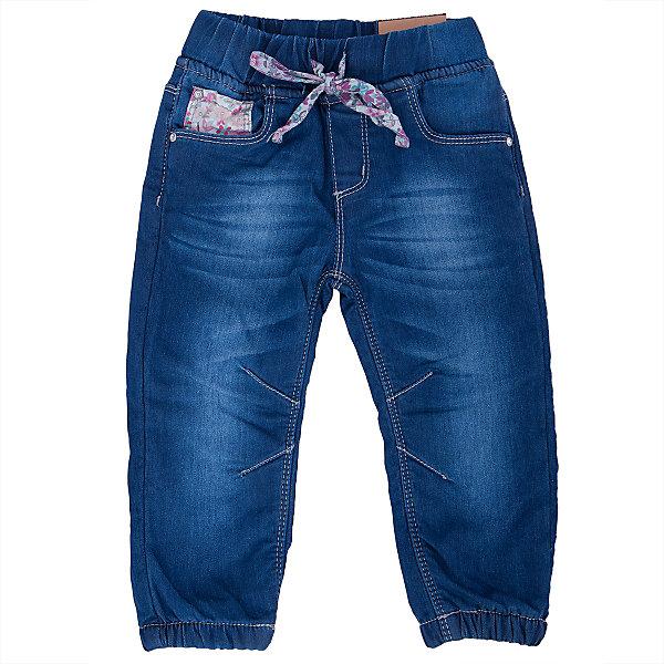 Джинсы для девочки Sweet BerryДжинсы и брючки<br>Такая модель джинсов для девочки отличается модным дизайном с контрастной прострочкой и потертостями. Удачный крой обеспечит ребенку комфорт и тепло. Мягкая и теплая подкладка делает вещь идеальной для прохладной погоды. Она плотно прилегает к телу там, где нужно, и отлично сидит по фигуре. Джинсы имеют удобный пояс с регулировкой шнурком внутри. Натуральный хлопок обеспечит коже возможность дышать и не вызовет аллергии.<br>Одежда от бренда Sweet Berry - это простой и выгодный способ одеть ребенка удобно и стильно. Всё изделия тщательно проработаны: швы - прочные, материал - качественный, фурнитура - подобранная специально для детей. <br><br>Дополнительная информация:<br><br>цвет: синий;<br>имитация потертостей;<br>материал: верх - 98% хлопок, 2% эластан, подкладка - 100% полиэстер (флис);<br>пояс с регулировкой шнурком внутри.<br><br>Джинсы для девочки от бренда Sweet Berry можно купить в нашем интернет-магазине.<br>Ширина мм: 215; Глубина мм: 88; Высота мм: 191; Вес г: 336; Цвет: голубой; Возраст от месяцев: 12; Возраст до месяцев: 18; Пол: Женский; Возраст: Детский; Размер: 86,80,98,92; SKU: 4931203;