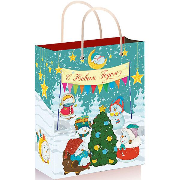 Подарочный пакет Снеговики с елочкой 26*32,4*12,7 смУпаковка новогоднего подарка<br>Предновогодние хлопоты многие любят даже больше самого праздника!  Праздничное настроение создает украшенный дом, наряженная ёлка, запах мандаринов, предновогодняя суета и, конечно же, подарки! Чтобы сделать момент вручения приятнее, нужен красивый подарочный пакет.<br>Этот пакет украшен симпатичным универсальным рисунком, поэтому в него можно упаковать подарок и родственнику, и коллеге. Он сделан из безопасного для детей, прочного, но легкого, материала. Создайте с ним праздничное настроение себе и близким!<br><br>Дополнительная информация:<br><br>плотность: 140 г/м2;<br>размер: 26 х 32 х 13 см;<br>с ламинацией;<br>украшен рисунком.<br><br>Подарочный пакет Снеговики с елочкой 26*32,4*12,7 см можно купить в нашем магазине.<br>Ширина мм: 260; Глубина мм: 324; Высота мм: 120; Вес г: 74; Возраст от месяцев: 36; Возраст до месяцев: 2147483647; Пол: Унисекс; Возраст: Детский; SKU: 4981396;