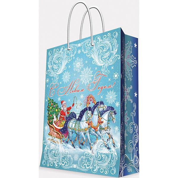 Подарочный пакет Дед Мороз на тройке 40,6*48,9*19 смУпаковка новогоднего подарка<br>Приближение Нового года не может не радовать! Праздничное настроение создает украшенный дом, наряженная ёлка, запах мандаринов, предновогодняя суета и, конечно же, подарки! Чтобы сделать момент вручения приятнее, нужен красивый подарочный пакет.<br>Этот пакет украшен симпатичным универсальным рисунком, поэтому в него можно упаковать подарок и родственнику, и коллеге. Он сделан из безопасного для детей, прочного, но легкого, материала. Создайте с ним праздничное настроение себе и близким!<br><br>Дополнительная информация:<br><br>плотность бумаги: 157 г/м2;<br>размер: 41 х 49 х 19 см;<br>с ламинацией;<br>украшен рисунком.<br><br>Подарочный пакет Дед Мороз на тройке 40,6*48,9*19 см можно купить в нашем магазине.<br>Ширина мм: 406; Глубина мм: 489; Высота мм: 190; Вес г: 154; Возраст от месяцев: 36; Возраст до месяцев: 2147483647; Пол: Унисекс; Возраст: Детский; SKU: 4981589;