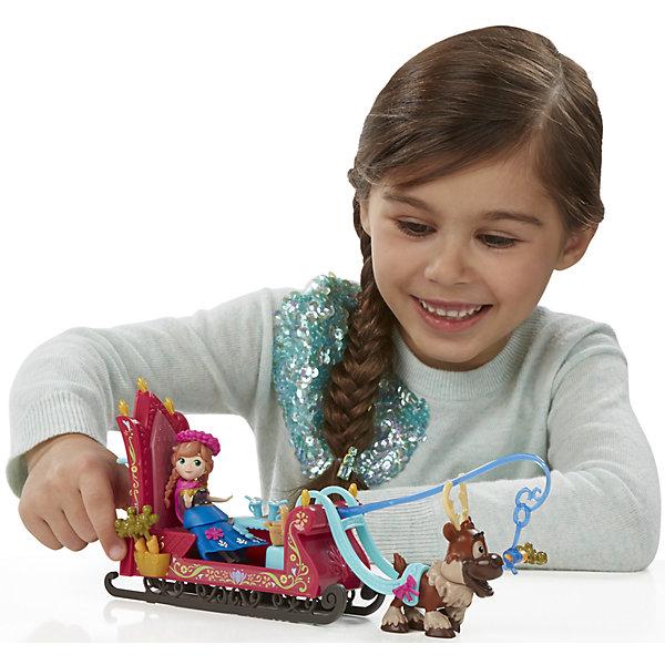 Игровой набор Маленькие куклы Анна, Свен и сани,  Холодное сердцеИгрушки<br>Игровой набор Маленькие куклы, Холодное сердце, B5194/B5196.<br><br>Характеристики:<br><br>- В наборе: фигурка Анны в наряде для путешествий; фигурка Свена, впряженного в сани; корзинка для пикника полная вкусностей; миска попкорна; чайник; кружки; морковки; аппарата для приготовления воздушной кукурузы<br>- Материал: высококачественная пластмасса<br>- Высота Анны: 7,5 см.<br>- Высота Свена: 6,5 см.<br>- Размер упаковки: 31х6х23 см.<br><br>Набор от торговой марки Hasbro (Хасбро) станет отличным подарком девочке в возрасте от 4 лет. В комплект входят сани и фигурки принцессы Анны и оленя по имени Свен. Мини-фигурки в точности повторяют свои телевизионные прототипы. Набор сказочный и волшебный. Принцесса сможет разъезжать в красиво декорированных санях, украшенных узорами. Везет их забавный и милый олень, которого необходимо подкармливать морковкой. Для хранения морковки в санях предусмотрен специальный отсек. Сани отлично обустроены для комфортной поездки, ведь внутри есть скамеечка, куда можно посадить куклу, а также столик и тумбочка, в которой можно хранить небольшой чайничек, стаканчики для напитков и сладости. На всякий случай предусмотрительная Анна прихватила с собой небольшую корзинку, куда она сможет положить различные мелочи. Наряд Анны состоит из юбки, баски, топа, плаща, аксессуаров для волос, а также дополнительных аксессуаров, которые можно прикреплять для украшения наряда. В набор также входит миска попкорна и аппарата для приготовления воздушной кукурузы. Все детали набора выполнены из прочной нетоксичной пластмассы, которая совершенно безопасна для ребенка. Набор непременно порадует вашу маленькую принцессу и подарит ей массу положительных эмоций.<br><br>Игровой набор Маленькие куклы, Холодное сердце, B5194/B5196 можно купить в нашем интернет-магазине.<br>Ширина мм: 303; Глубина мм: 225; Высота мм: 1400; Вес г: 356; Возраст от месяцев: 48; Возраст до месяцев: 96; Пол: Женский