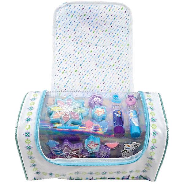 Детская декоративная косметика Markwins Холодное сердце, в сумкеХолодное Сердце Товары для творчества<br>Характеристики:<br><br>• возраст: 6+;<br>• пол: для девочек;<br>• цвет: розовый;<br>• габариты упаковки: 21х17х6 см;<br>• вес: 115 г.<br><br>Большой набор детской косметики – лучший подарок для маленьких модниц. Каждая малышка с удовольствием будет учиться краситься и делать прически. <br><br>Набор детской косметики выполнен в пастельных тонах и украшен изображениями героев мультфильма «Холодное сердце». В комплекте есть все для создания полноценного образа. Для хранения косметики и аксессуаров предназначена сумочка на молнии.<br><br>Косметика отвечает всем европейским стандартам качества: не содержит парабенов, метилизотиазолинона и пальмового масла, не вредит коже и не тестируется на животных.<br><br>В набор входят: <br><br>• палитра блесков для губ из 8 оттенков;<br>• палитра кремовых теней для век из 8 оттенков;<br>• блески для губ в баночках 5 шт.;<br>• губные помады в футлярах 2 шт.;<br>• заколочки для волос 6 шт.; <br>• кисти 2 шт.;<br>• резинки для волос 6 шт.<br><br>Детскую декоративную косметику «Холодное сердце» (в сумке), Markwins можно приобрести в нашем интернет-магазине.<br>Ширина мм: 304; Глубина мм: 182; Высота мм: 182; Вес г: 454; Возраст от месяцев: 36; Возраст до месяцев: 72; Пол: Женский; Возраст: Детский; SKU: 5117225;