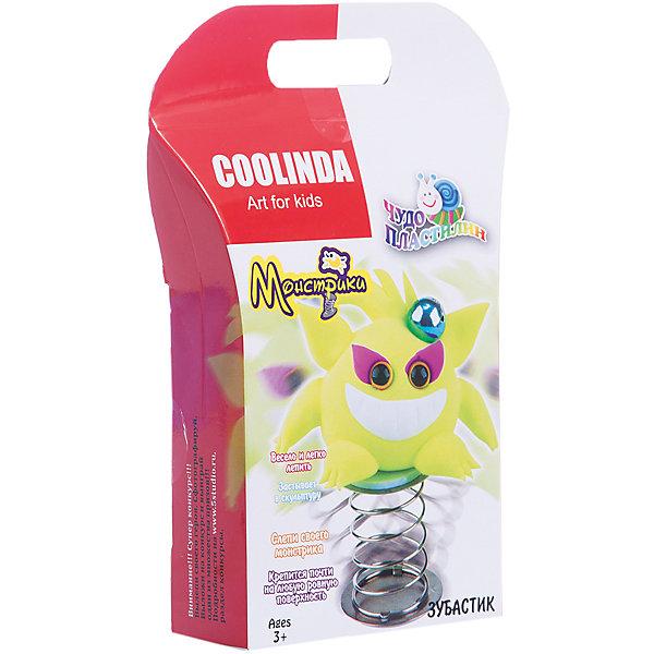 Чудо Пластилин Скульптор Монстрик ЗубастикНаборы для лепки игровые<br>Характеристики:<br><br>• Предназначение: для лепки<br>• Материал: полимерный материал<br>• Цвет: неоновый желтый<br>• Комплектация: масса для лепки, инструменты для лепки, пружинка, пластиковые глазки, инструкция<br>• Упаковка: картонная подложка<br>• Размеры упаковки (Д*Ш*В): 3*14,5*17,5 см<br>• Вес в упаковке: 28 г<br><br>Пластилин выполнен из инновационного материала, который абсолютно безопасен, не имеет запаха и не вызывает раздражений на коже. Он легко разминается, не рассыпается на песчинки, не крошится и не оставляет жирных следов на руках. При этом хорошо держит форму, благодаря способности застывать через определенное время. Из пластилина можно слепить монстрика по инструкции или создать свою фигурку.<br><br>Чудо Пластилин Скульптор Монстрик Зубастик можно купить в нашем интернет-магазине.<br>Ширина мм: 30; Глубина мм: 145; Высота мм: 175; Вес г: 28; Возраст от месяцев: 36; Возраст до месяцев: 84; Пол: Унисекс; Возраст: Детский; SKU: 5124760;