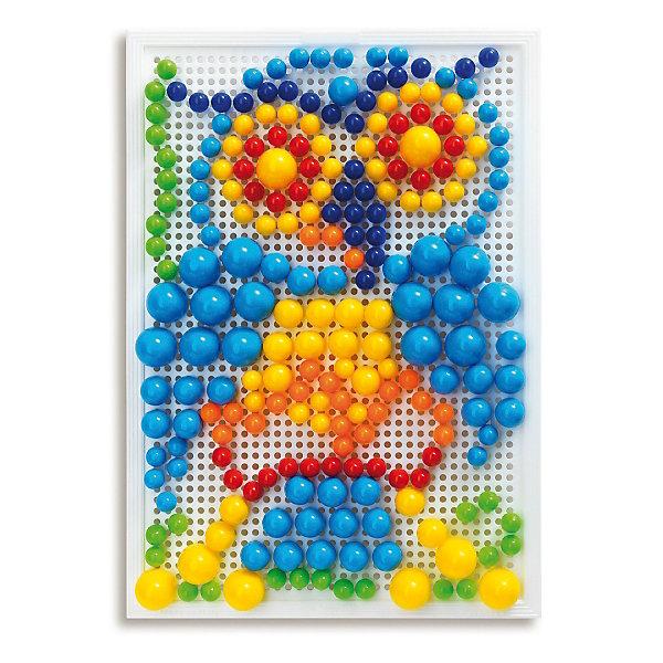 Мозаика Фантастические цвета, 280 деталей, QuercettiОбучающие игры<br>Мозаика Фантастические цвета, 280 деталей, Quercetti (Кверчетти).<br><br>Характеристики:<br><br>- В наборе: 280 деталей-пуговиц 3-х различных размеров (диаметр - 10, 15, 20 мм), чемоданчик для хранения, основа – игровое поле, инструкция<br>- Размер игрового поля: 28 х 20 см.<br>- Цвета: красный, оранжевый, желтый, зеленый, голубой, синий<br>- Материал: безопасный пластик, окрашенный нетоксичными красками<br>- Упаковка: картонная коробка<br>- Размер упаковки: 32 х 24 х 6 см.<br>- Вес: 700 гр.<br><br>Мозаика Фантастические цвета приведет в восторг вашего ребенка и не позволит ему скучать. Комбинируя яркие разноцветные детали разного диаметра, ребенок может собирать на игровом поле изображения из инструкции или придумывать картинки сам. Мозаику легко взять с собой куда угодно, поскольку она упакована в удобный чемоданчик-планшет. Его крышка – это игровое поле с множеством дырочек. За специальную ручку чемоданчик можно легко переносить с места на место, игровое поле при этом фиксируется замочком. Детали мозаики изготовлены из прочного гладкого пластика с глянцевой поверхностью, а игровое поле – из мягкого и гибкого пластика. Собирание мозаики развивает у детей цветовосприятие, творческие способности, внимание, усидчивость и мелкую моторику.<br><br>Мозаику Фантастические цвета, 280 деталей, Quercetti (Кверчетти) можно купить в нашем интернет-магазине.<br>Ширина мм: 320; Глубина мм: 60; Высота мм: 240; Вес г: 693; Возраст от месяцев: 48; Возраст до месяцев: 2147483647; Пол: Унисекс; Возраст: Детский; SKU: 5140078;