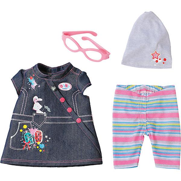 Одежда Джинсовая, BABY born, разноцветнаяОдежда для кукол<br>Характеристики товара:<br><br>- цвет: разноцветный;<br>- материал: тестиль;<br>- комплектация: туника, легинсы, шапка, очки;<br>- размер упаковки: 37х8х28 см.<br><br>Кукольная одежда – мечта всех девочек, обожающих играть в дочки-матери! Куклы Бэби Борн – абсолютные фавориты среди детских игрушек. Одно из преимуществ моделей – возможность переодевать куклу на свое усмотрение. Такой набор одежды – интересный и необычный вариант разнообразить игры с куклой. Комплект представлен в новой коллекции одежды для куклы Бэби борн. Вещи, туника, легинсы, шапка, очки, очень модно и нарядно смотрятся. Материалы, использованные при изготовлении изделия, абсолютно безопасны и полностью отвечают международным требованиям по качеству детских товаров.<br><br>Одежду Джинсовую, BABY born, можно купить в нашем интернет-магазине.<br>Ширина мм: 366; Глубина мм: 281; Высота мм: 81; Вес г: 284; Возраст от месяцев: 36; Возраст до месяцев: 2147483647; Пол: Женский; Возраст: Детский; SKU: 5140224;