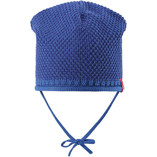 Шапка для мальчика ReimaШапки и шарфы<br>Характеристики товара:<br><br>• цвет: синий<br>• состав: 100% хлопок<br>• облегчённая модель без подкладки<br>• температурный режим: от +10С<br>• эластичный хлопковый трикотаж<br>• изделие сертифицированно по старндарту Oeko-Tex на продукцию класса 1 - одежда для новорожденных<br>• завязки во всех размерах<br>• эмблема Reima спереди<br>• декоративная структурная вязка<br>• страна бренда: Финляндия<br>• страна производства: Китай<br><br>Детский головной убор может быть модным и удобным одновременно! Стильная шапка поможет обеспечить ребенку комфорт и дополнить наряд. Шапка удобно сидит и аккуратно выглядит. Проста в уходе, долго служит. Стильный дизайн разрабатывался специально для детей. Отличная защита от дождя и ветра!<br><br>Уход:<br><br>• стирать по отдельности, вывернув наизнанку<br>• придать первоначальную форму вo влажном виде<br>• возможна усадка 5 %.<br><br>Шапку для мальчика от финского бренда Reima (Рейма) можно купить в нашем интернет-магазине.<br>Ширина мм: 89; Глубина мм: 117; Высота мм: 44; Вес г: 155; Цвет: синий; Возраст от месяцев: 6; Возраст до месяцев: 9; Пол: Мужской; Возраст: Детский; Размер: 46,52,50,48; SKU: 5270916;