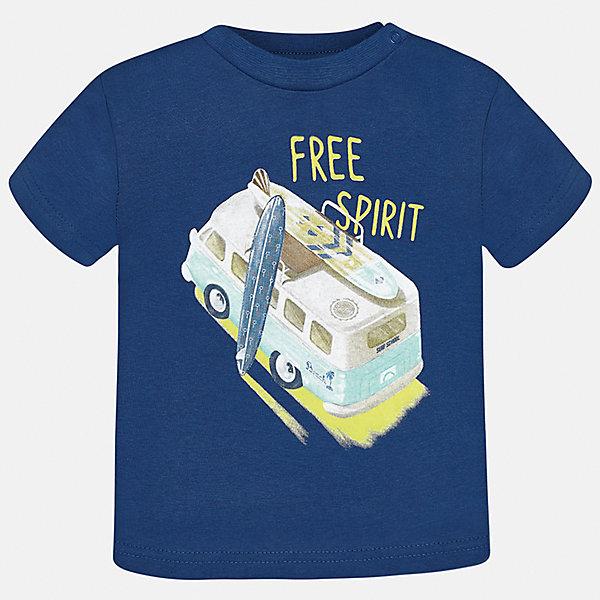Футболка для мальчика MayoralФутболки, топы<br>Характеристики товара:<br><br>• цвет: синий<br>• состав: 100% хлопок<br>• круглый горловой вырез<br>• декорирована принтом<br>• короткие рукава<br>• мягкая отделка горловины<br>• страна бренда: Испания<br><br>Стильная удобная футболка с принтом поможет разнообразить гардероб мальчика. Она отлично сочетается с брюками, шортами, джинсами. Универсальный крой и цвет позволяет подобрать к вещи низ разных расцветок. Практичное и стильное изделие! Хорошо смотрится и комфортно сидит на детях. В составе материала - натуральный хлопок, гипоаллергенный, приятный на ощупь, дышащий. <br><br>Одежда, обувь и аксессуары от испанского бренда Mayoral полюбились детям и взрослым по всему миру. Модели этой марки - стильные и удобные. Для их производства используются только безопасные, качественные материалы и фурнитура. Порадуйте ребенка модными и красивыми вещами от Mayoral! <br><br>Футболку для мальчика от испанского бренда Mayoral (Майорал) можно купить в нашем интернет-магазине.<br>Ширина мм: 199; Глубина мм: 10; Высота мм: 161; Вес г: 151; Цвет: серый; Возраст от месяцев: 18; Возраст до месяцев: 24; Пол: Мужской; Возраст: Детский; Размер: 92,80,86; SKU: 5278453;