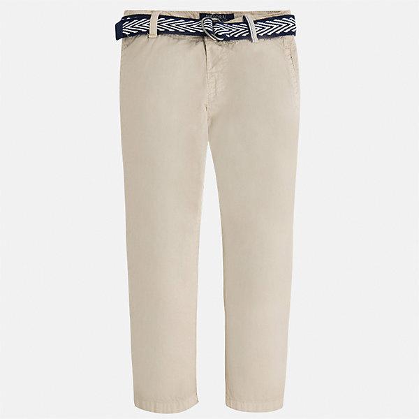 Брюки для мальчика MayoralБрюки<br>Характеристики товара:<br><br>• цвет: бежевый<br>• состав: 100% хлопок<br>• пуговицы на карманах <br>• шлевки<br>• карманы<br>• пояс с регулировкой объема<br>• классический силуэт<br>• страна бренда: Испания<br><br>Модные брюки для мальчика смогут стать базовой вещью в гардеробе ребенка. Они отлично сочетаются с майками, футболками, рубашками и т.д. Универсальный крой и цвет позволяет подобрать к вещи верх разных расцветок. Практичное и стильное изделие! В составе материала - только натуральный хлопок, гипоаллергенный, приятный на ощупь, дышащий.<br><br>Одежда, обувь и аксессуары от испанского бренда Mayoral полюбились детям и взрослым по всему миру. Модели этой марки - стильные и удобные. Для их производства используются только безопасные, качественные материалы и фурнитура. Порадуйте ребенка модными и красивыми вещами от Mayoral! <br><br>Брюки для мальчика от испанского бренда Mayoral (Майорал) можно купить в нашем интернет-магазине.<br>Ширина мм: 215; Глубина мм: 88; Высота мм: 191; Вес г: 336; Цвет: бежевый; Возраст от месяцев: 24; Возраст до месяцев: 36; Пол: Мужской; Возраст: Детский; Размер: 98,104,122,128,134,110,116,92; SKU: 5280855;