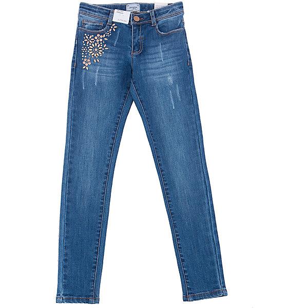 Джинсы для девочки MayoralДжинсы<br>Характеристики товара:<br><br>• цвет: синий<br>• состав: 92% хлопок, 6% полиэстер, 2% эластан<br>• классический силуэт<br>• карманы<br>• пояс с регулировкой объема<br>• шлевки<br>• страна бренда: Испания<br><br>Стильные джинсы для девочки смогут разнообразить гардероб ребенка и украсить наряд. Они отлично сочетаются с майками, футболками, блузками. Красивый оттенок позволяет подобрать к вещи верх разных расцветок. Интересный крой модели делает её нарядной и оригинальной. В составе материала - натуральный хлопок, гипоаллергенный, приятный на ощупь, дышащий.<br><br>Одежда, обувь и аксессуары от испанского бренда Mayoral полюбились детям и взрослым по всему миру. Модели этой марки - стильные и удобные. Для их производства используются только безопасные, качественные материалы и фурнитура. Порадуйте ребенка модными и красивыми вещами от Mayoral! <br><br>Джинсы для девочки от испанского бренда Mayoral (Майорал) можно купить в нашем интернет-магазине.<br>Ширина мм: 215; Глубина мм: 88; Высота мм: 191; Вес г: 336; Цвет: голубой; Возраст от месяцев: 156; Возраст до месяцев: 168; Пол: Женский; Возраст: Детский; Размер: 164,128/134,170,158,152,140; SKU: 5292999;