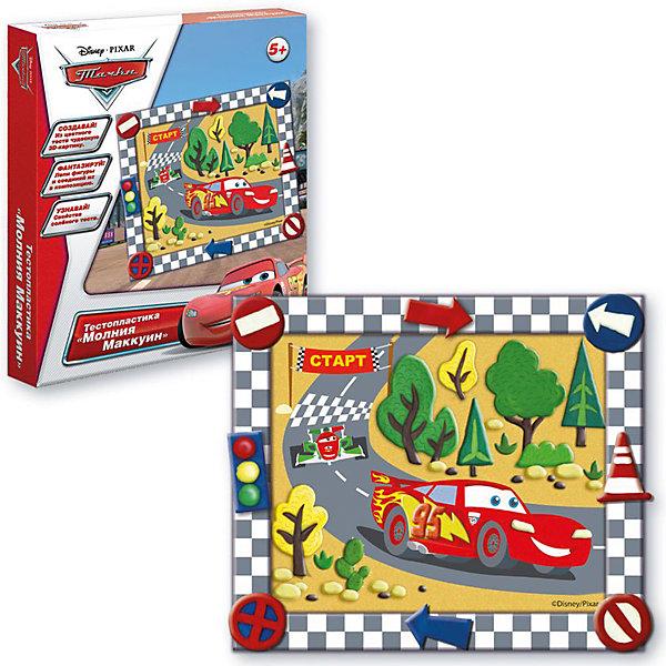 Тестопластика Молния маккуин, Тачки DisneyТесто для лепки<br>Характеристики:<br>• в комплекте: цветное тесто (5 шт.), картинка, стека, клей ПВА, рамка, инструкция;<br>• материал: тесто, картон, пластик, клей;<br>• возраст: от 5 лет;<br>• размер упаковки: 28х23х3 см;<br>• вес: 300 грамм.<br><br>Тестопластика «Молния Маккуин» - набор для лепки детям от 5 лет. Набор состоит из цветного теста, картонной основы, клея ПВА, рамки и стеки.<br><br>Воспользовавшись инструкцией, ребенок вылепит детали из мягкого теста. Когда тесто подсохнет, детали можно приклеить к основе, чтобы получилась красивая картинка с Маккуином. Готовую работу можно оформить красивой рамочкой.<br><br>Тестопластика поможет развить аккуратность, усидчивость и художественный вкус.<br><br>Тестопластику Молния Маккуин, Тачки Disney, Creatto (Креатто) можно купить в нашем интернет-магазине.