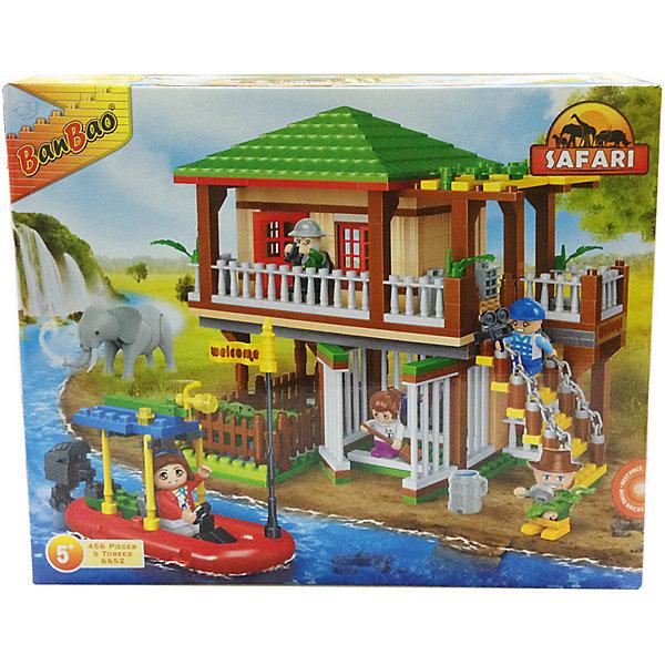 Конструктор Сафари, 456 дет., BanBaoПластмассовые конструкторы<br>Характеристики:<br><br>• тип игрушки: конструктор;<br>• возраст: от 5 лет;<br>• количество деталей: 456 шт; <br>• размер: 45х35х7  см;<br>• бренд: BanBao;<br>• упаковка: картонная коробка;<br>• материал: пластик.<br><br>Конструктор «Сафари», 456 дет., BanBao познакомит ребенка с интересным занятием. В набор входят элементы в количестве 456 штук, которые легко стыкуются между собой креплению. Детали сделаны из нетоксичного пластика и отличаются высокой прочностью и износоустойчивостью.<br><br>Собрав детали между собой, дети увидят огромный дом для отдыха с балкончиками и лесенкой, в нижней части предусмотрен вольер для крокодила, а также есть моторная лодка, оснащенная прожектором на крыше. Игровые фигурки легко помещаются внутри домика или могут выступать в качестве водителя лодки.<br><br>Занятия с конструктором развивают концентрацию внимания, усидчивость, логическое и пространственное мышление, а также совершенствуют моторику рук. Этот набор подойдет для детей от 5 лет и старше.<br><br>Конструктор «Сафари», 456 дет., BanBao можно купить в нашем интернет-магазине.<br>Ширина мм: 450; Глубина мм: 350; Высота мм: 70; Вес г: 1317; Возраст от месяцев: 60; Возраст до месяцев: 1188; Пол: Унисекс; Возраст: Детский; SKU: 5528489;