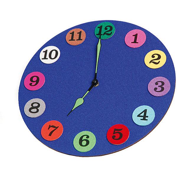 Стигисы Часы с мамойКниги для развития мышления<br>Часы с мамой – развивающая игра, c помощью которой ребенок научится:<br><br>- считать  до 12;<br>- прикрепляя цифры к циферблату, изучит их написание;<br>- с легкостью научится определять время с точностью до получаса, используя только часовую стрелку;<br>- по мере роста, добавив минутную стрелку, научится пользоваться настоящими часами;<br>- сможет  сказать который час и названия цветов не только по-русски, но и по-английски.<br>В набор входит:<br>часовой механизм – 1 шт.;<br>деревянный циферблат – 1 шт.;<br>кружочки с цифрами из плотной трехслойной ткани на липучках – 12 шт.;<br>часовая и минутная стрелки;<br>сборник методических рекомендаций по изучению времени на русском языке, а также обучению цифрам, цветам и времени на английском языке;<br>инструкция по сборке часов.<br>Ширина мм: 27; Глубина мм: 27; Высота мм: 4; Вес г: 270; Возраст от месяцев: 48; Возраст до месяцев: 84; Пол: Унисекс; Возраст: Детский; SKU: 5543121;