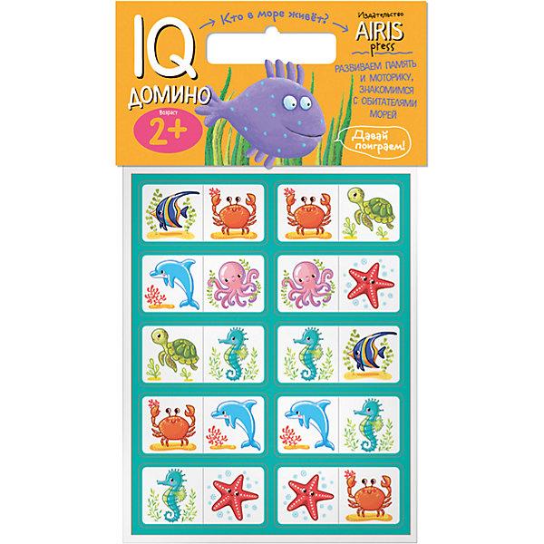 Домино Кто в море живет?Обучающие игры<br>Характеристики товара:<br><br>• возраст: от 2 лет<br>• комплектация: 20 объёмных карточек с цветным изображением морских животных<br>• автор: Куликова Е.Н.<br>• производитель: Айрис-пресс<br>• серия: IQ игры<br>• материал: EVA<br>• упаковка: пакет с хедером.<br>• размер упаковки: 22,5х17,5х2 см.<br>• вес: 66 гр.<br><br>Домино «Кто в море живёт?» – это увлекательная настольная игра для ознакомления ребёнка с обитателями морей и океанов, развития воображения, логического мышления и моторики.<br><br>Набор состоит из 20 объёмных карточек с цветным изображением морских животных. Карточки сделаны из мягкого, прочного и безопасного материала EVA. Они удобно ложатся в детскую руку, в отличие от картонных прекрасно сохраняют форму и отлично подходят для настольных познавательных игр.<br><br>Цель игры - разместить картинки друг за другом по принципу «одинаковые животные» (рыба - рыба, морская звезда - морская звезда и т.д.). Ребёнок может играть один или привлечь к игре несколько участников. В этом случае победителем становится тот, кто первым разложит все свои карточки.<br><br>На упаковке набора дано описание игр с мягкими карточками-фишками.<br><br>Домино Кто в море живет? можно купить в нашем интернет-магазине.<br>Ширина мм: 20; Глубина мм: 175; Высота мм: 225; Вес г: 66; Возраст от месяцев: 24; Возраст до месяцев: 36; Пол: Унисекс; Возраст: Детский; SKU: 6849517;