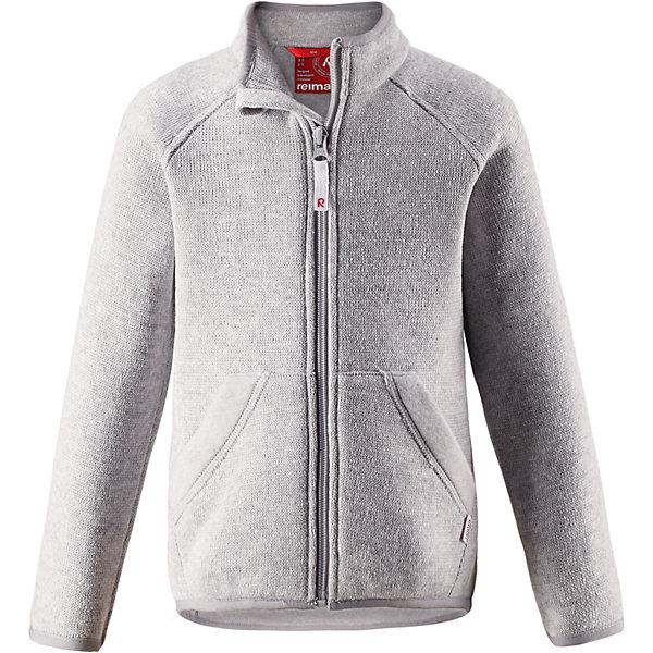 Флисовая кофта Reima HopperФлис и термобелье<br>Характеристики товара:<br><br>• цвет: серый;<br>• состав: 100% полиэстер;<br>• сезон: зима;<br>• застежка: молния по всей длине с защитой подбородка;<br>• мягкий меланжевый флисовый трикотаж: выглядит, как обычный свитер, и обладает всеми преимуществами флиса;<br>• эластичная резинка на воротнике, манжетах и подоле;<br>• удлиненный подол сзади;<br>• два кармана;<br>• страна бренда: Финляндия;<br>• страна изготовитель: Китай.<br><br>Легкая, теплая и мягкая детская куртка с красивой вязкой. Она сшита из мягкого и популярного меланжевого вязаного флиса, который объединил в себе стильный вязаный дизайн и все преимущества флиса: удобный, эластичный и дышащий флис быстро сохнет, выводя влагу в верхние слои одежды. <br>Куртка снабжена молнией во всю длину, чтобы облегчить процесс надевания, и защитой для подбородка, которая не даст поцарапать шею и подбородок. Удлиненная спинка защищает поясницу. Эта флисовая куртка, поддетая под верхнюю одежду, превосходно согреет в морозные зимние дни.<br><br>Флисовая кофта Reima Hopper от финского бренда Reima (Рейма) можно купить в нашем интернет-магазине.<br>Ширина мм: 190; Глубина мм: 74; Высота мм: 229; Вес г: 236; Цвет: серый; Возраст от месяцев: 18; Возраст до месяцев: 24; Пол: Унисекс; Возраст: Детский; Размер: 92,140,134,128,122,116,110,104,98; SKU: 6902019;