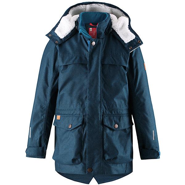 Куртка Reima Pentti для мальчикаОдежда<br>Характеристики товара:<br><br>• цвет: синий;<br>• состав: 100% полиэстер;<br>• подкладка: 100% полиэстер;<br>• утеплитель: 140 г/м2;<br>• сезон: зима;<br>• температурный режим: от 0 до -20С;<br>• водонепроницаемость: 3000 мм;<br>• воздухопроницаемость: 7000 мм;<br>• износостойкость: 10000 циклов (тест Мартиндейла);<br>• водо- и ветронепроницаемый, дышащий и грязеотталкивающий материал;<br>• основные швы проклеены и не пропускают влагу;<br>• застежка: молния с дополнительной планкой;<br>• махровая подкладка на капюшоне;<br>• теплая стеганая подкладка;<br>• безопасный съемный капюшон;<br>• регулируемые манжеты;<br>• внутренняя регулировка обхвата талии;<br>• удлиненный подол сзади;<br>• два кармана с кнопками:<br>• светоотражающие детали;<br>• страна бренда: Финляндия;<br>• страна изготовитель: Китай.<br><br>Теплая, водо и ветронепроницаемая зимняя куртка Reimatec® для детей и подростков. Материал куртки не только водонепроницаемый, ветронепроницаемый и при этом дышащий, но также имеет водо и грязеотталкивающую поверхность. Все основные швы проклеены, водонепроницаемы. Верхняя часть куртки и капюшон подбиты теплой стеганой подкладкой. <br><br>Куртка снабжена съемным капюшоном, что обеспечивает дополнительную безопасность во время активных прогулок – капюшон легко отстегивается, если случайно за что-нибудь зацепится. Образ довершают практичные детали: два больших кармана с клапанами, длинная молния высокого качества и светоотражающие элементы.<br><br>Куртку Pentti для мальчика Reima от финского бренда Reima (Рейма) можно купить в нашем интернет-магазине.