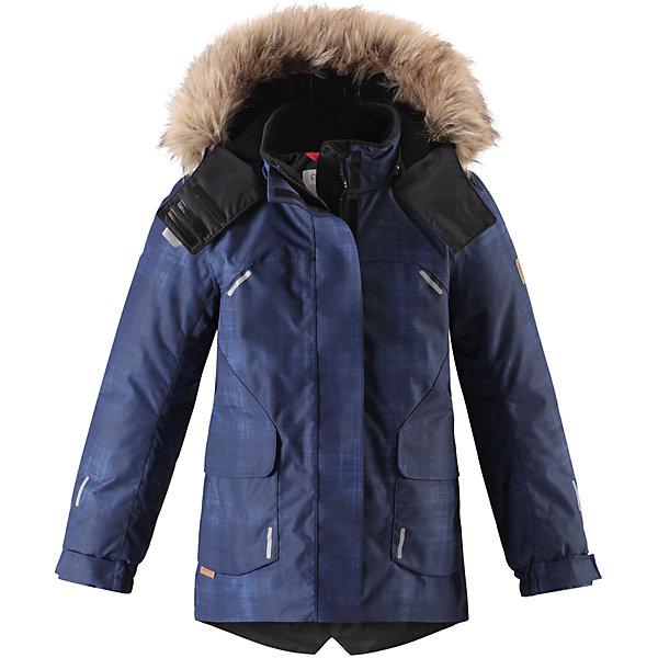 Куртка Reimatec® Reima Sisarus для девочкиОдежда<br>Характеристики товара:<br><br>• цвет: синий;<br>• состав: 100% полиэстер;<br>• подкладка: 100% полиэстер;<br>• утеплитель: 140 г/м2;<br>• сезон: зима;<br>• температурный режим: от 0 до -20С;<br>• водонепроницаемость: 15000 мм;<br>• воздухопроницаемость: 7000 мм;<br>• износостойкость: 40000 циклов (тест Мартиндейла);<br>• водо- и ветронепроницаемый, дышащий и грязеотталкивающий материал;<br>• все швы проклеены и водонепроницаемы;<br>• застежка: молния с дополнительной планкой;<br>• гладкая подкладка из полиэстера;<br>• безопасный съемный капюшон;<br>• съемный искусственный мех на капюшоне;<br>• регулируемые манжеты;<br>• эластичный пояс сзади;<br>• удлиненный подол сзади;<br>• два прорезных кармана;<br>• внутренний нагрудный карман;<br>• петля для дополнительных светоотражающих деталей;<br>• светоотражающие детали;<br>• страна бренда: Финляндия;<br>• страна изготовитель: Китай.<br><br>Элегантная детская зимняя куртка в классическом стиле с честью выдержит испытание временем и высокими нагрузками! Эта куртка из водо и ветронепроницаемого материала отлично подойдет для любых зимних забав. Все швы в ней проклеены и водонепроницаемы, что гарантирует максимальный комфорт во время зимних прогулок. <br><br>Кроме того, она сшита из дышащего материала, так что ребенок не вспотеет во время катания на санках или коньках. Эта приталенная и удлиненная модель для девочек снабжена несъемным пояском на талии и регулируемыми манжетами. Съемный и регулируемый капюшон оторочен стильной отделкой из искусственного меха, которую при желании тоже можно снять. Защитный капюшон безопасен во время игр на свежем воздухе, поскольку легко отстегнется, если вдруг за что-нибудь зацепится. <br><br>В больших карманах с клапанами легко поместятся все самое важное. Обратите внимание на удобную петельку, спрятанную в кармане с клапаном – к ней можно прикрепить любимый светоотражатель ребенка для обеспечения лучшей видимости. Эта куртка очень проста в 