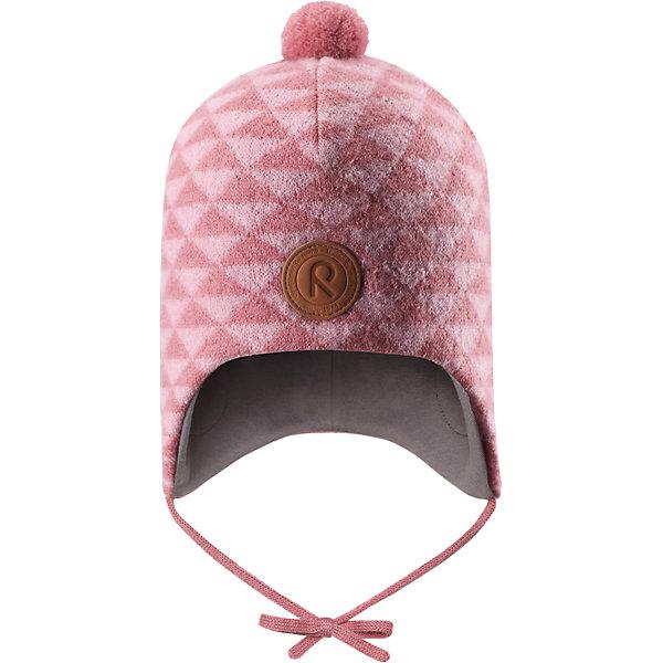Шапка Reima Kauris для девочкиШапки и шарфы<br>Характеристики товара:<br><br>• цвет: розовый;<br>• состав: 100% шерсть;<br>• подкладка: 97% хлопок, 3% эластан;<br>• температурный режим: от 0 до -20С;<br>• сезон: зима; <br>• особенности модели: вязаная, шерстяная;<br>• шерсть идеально поддерживает температуру;<br>• ветронепроницаемые вставки в области ушей;<br>• сплошная подкладка: гладкий хлопковый трикотаж;<br>• шапка на завязках, помпон сверху;<br>• логотип Reima спереди;<br>• страна бренда: Финляндия;<br>• страна изготовитель: Китай.<br><br>Зимняя шерстяная шапка из красивого, бархатного на ощупь материала не боится мороза! Шапка связана из шерсти, которая является идеальным терморегулятором, и подшита приятной на ощупь хлопковой подкладкой. Ветронепроницаемые вставки в области ушей и завязки надежно защитят от холодного ветра. <br><br>Шапку Kauris Reima от финского бренда Reima (Рейма) можно купить в нашем интернет-магазине.<br>Ширина мм: 89; Глубина мм: 117; Высота мм: 44; Вес г: 155; Цвет: розовый; Возраст от месяцев: 9; Возраст до месяцев: 12; Пол: Женский; Возраст: Детский; Размер: 46,52,50,48; SKU: 6907196;