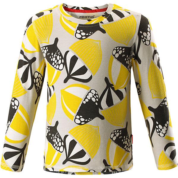 Футболка с длинным рукавом Reima MussukkaОдежда<br>Характеристики товара:<br><br>• цвет: желтый;<br>• состав: 47,5% хлопок, 47,5% лиоцелл 5% эластан;<br>• сезон: демисезон<br>• особенности модели: с рисунком;<br>• изготовлена из смеси хлопок-Tencel;<br>• гладкий и приятный на ощупь материал;<br>• кнопки на плечах;<br>• удлиненный подол сзади;<br>• страна бренда: Финляндия;<br>• страна изготовитель: Китай.<br><br>Флисовая кофта на молнии идеально подходит для ранней осени, кроме того, его можно носить в качестве промежуточного слоя в зимнюю пору. Мягкий вязаный меланжевый флис очень стильно смотрится, он мягкий и уютный, как пряжа, но при этом имеет все достоинства флиса.<br><br>Флис – теплый и дышащий материал, который быстро сохнет и не парит. Молния во всю длину облегчает надевание, а защита для подбородка не даст поцарапать шею и подбородок. <br><br>Футболка с длинным рукавом Mussukka Reima от финского бренда Reima (Рейма) можно купить в нашем интернет-магазине.<br>Ширина мм: 230; Глубина мм: 40; Высота мм: 220; Вес г: 250; Цвет: желтый; Возраст от месяцев: 12; Возраст до месяцев: 15; Пол: Унисекс; Возраст: Детский; Размер: 80,98,74,92,86; SKU: 6908491;