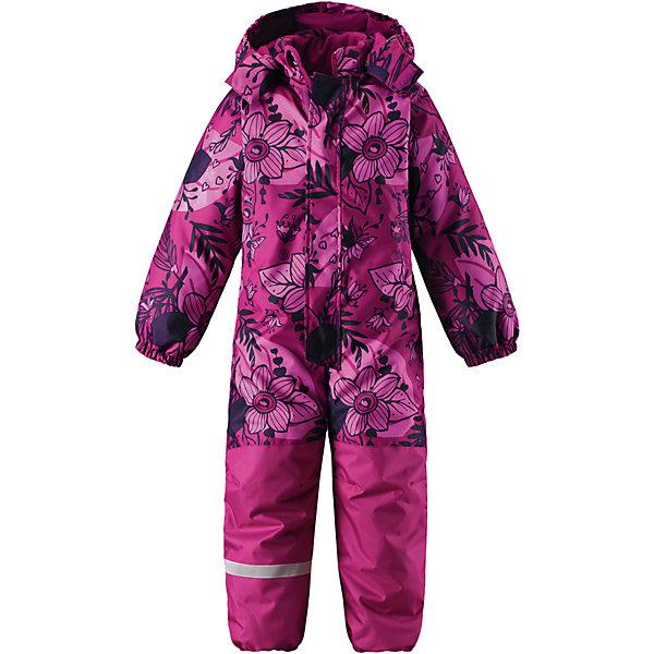 Комбинезон LassieОдежда<br>Характеристики товара:<br><br>• цвет: розовый;<br>• состав: 100% полиэстер, полиуретановое покрытие;<br>• подкладка: 100% полиэстер;<br>• утеплитель: 180 г/м2;<br>• сезон: зима;<br>• температурный режим: от 0 до -20С;<br>• водонепроницаемость: 1000 мм;<br>• воздухопроницаемость: 1000 мм;<br>• износостойкость: 50000 циклов (тест Мартиндейла)<br>• застежка: молния с дополнительной защитной планкой;<br>• сверхпрочный материал;<br>• водоотталкивающий, ветронепроницаемый и дышащий материал;<br>• задний серединный шов проклеен;<br>• гладкая подкладка из полиэстера;<br>• безопасный съемный капюшон на кнопках; <br>• эластичная талия, манжеты рукавов и низ штанин;<br>• съемные эластичные штрипки;<br>• два прорезных кармана на липучке;<br>• светоотражающие детали;<br>• страна бренда: Финляндия;<br>• страна изготовитель: Китай;<br><br>Этот классический детский зимний комбинезон с капюшоном – превосходное дополнение к зимнему гардеробу! Он изготовлен из сверхпрочного материала и поэтому станет идеальным выбором для активных детей, которые любят играть на свежем воздухе. Съемный капюшон обеспечивает дополнительную безопасность и эффективно защищает щечки от морозного ветра, а съемные штрипки не дадут концам брючин задираться во время веселых игр на свежем воздухе. Обратите внимание: комбинезон снабжен удобным карманом на липучке.<br><br>Комбинезон Lassie (Ласси) можно купить в нашем интернет-магазине.<br>Ширина мм: 356; Глубина мм: 10; Высота мм: 245; Вес г: 519; Цвет: розовый; Возраст от месяцев: 18; Возраст до месяцев: 24; Пол: Женский; Возраст: Детский; Размер: 92,128,122,116,110,104,98; SKU: 6927319;