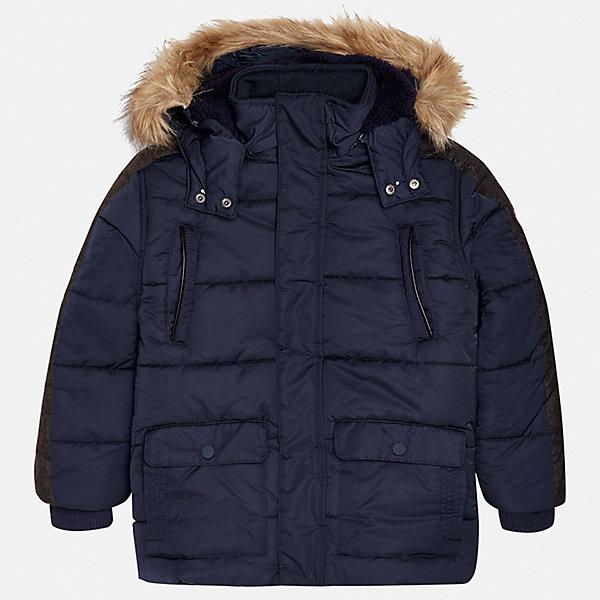 Куртка Mayoral для мальчикаВерхняя одежда<br>Характеристики товара:<br><br>• цвет: темно-синий;<br>• сезон: демисезон;<br>• температурный режим: от 0 до -10С;<br>• состав ткани: 100% полиэстер;<br>• состав подкладки: 100% полиэстер;<br>• на молнии и на кнопках;<br>• фасон: парка;<br>• капюшон:   отстегивается, с мехом;<br>• страна бренда: Испания;<br>• страна изготовитель: Китай.<br><br>Утепленная демисезонная куртка для мальчика от популярного бренда Mayoral,  модный фасон - парка  несомненно понравится вам и вашему ребенку. Качественные ткани, безупречное исполнение, все модели в центре модных тенденций. <br><br>Удлиненная модель синего цвета выполненаиз качественной ткани и внутреннего утеплителя, обеспечивающие хорошую воздухопроницаемую защиту и тепло,  рукава на элестичных манжетах. Застегивается на молнию и на кнопки, капюшон отстегивается, украшен искусственной опушкой, кодкладка капюшона утеплена плюшем.   Верхние передние карманы на молнии и нижние передние карманы на кнопках. Декорирована стильными вставками на рукавах.<br><br>Легкая и теплая куртка-парка с капюшоном и карманами на холодную осень - теплую зиму. Грамотный крой изделия обеспечивает отличную посадку по фигуре. <br><br>Утепленная демисезонная куртка для мальчика Mayoral (Майорал) можно купить в нашем интернет-магазине.<br>Ширина мм: 356; Глубина мм: 10; Высота мм: 245; Вес г: 519; Цвет: темно-синий; Возраст от месяцев: 96; Возраст до месяцев: 108; Пол: Мужской; Возраст: Детский; Размер: 128/134,170,164,158,152,140; SKU: 6938900;